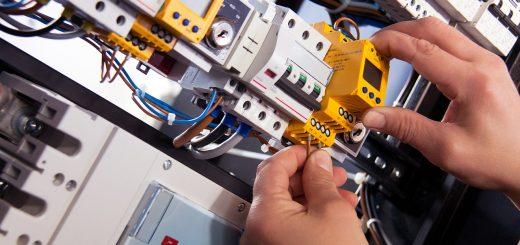 電話回線の増設工事って何をするの?流れや費用と注意点